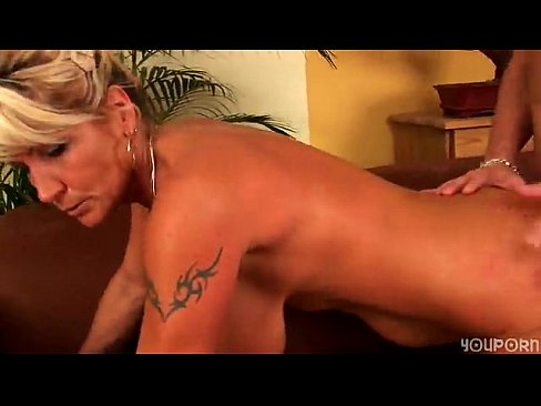 Mature loves to fuck