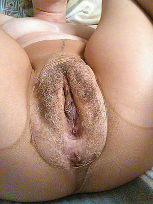Mature naked women showing pussy vids
